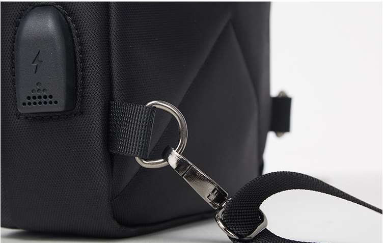 backpack hanging buckle